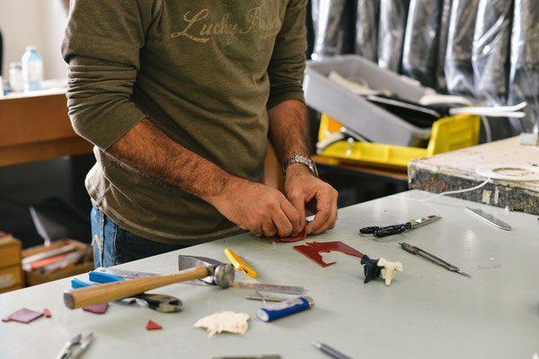 Handwerker in Werkstatt